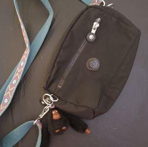 Kipling excellent condition long adjustable strap